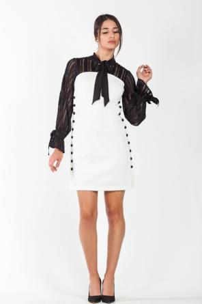 Φόρεμα λευκό με μαύρα μανίκια και κουμπιά cf57ff87c33