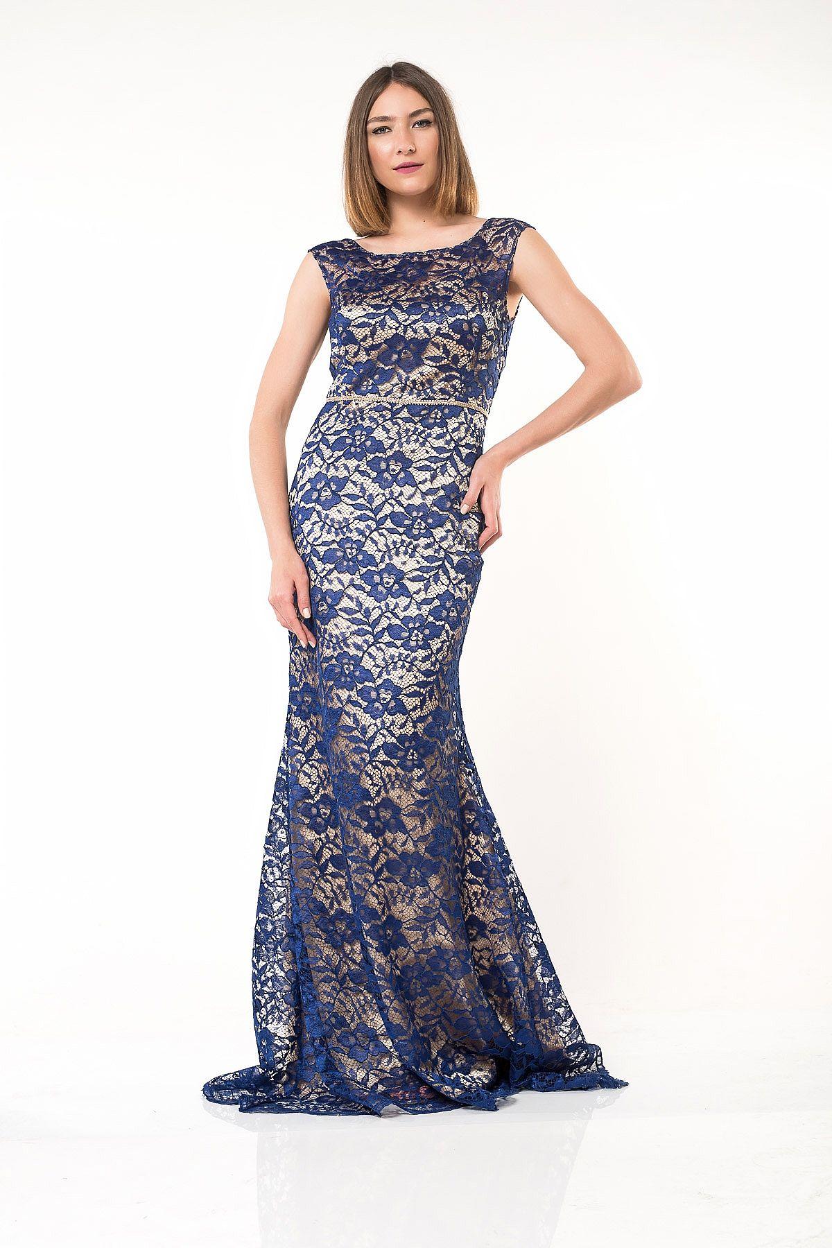 11f8aeb2945 Φόρεμα μπεζ με μπλε δαντέλα maxi σε γοργονέ στυλ